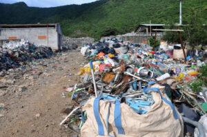 côn Đảo, phú quốc 'mệt mỏi' với rác thải nhựa, túi nilông - 5d51f01a44bb4173f7551c67d931527d-300x199 - Côn Đảo, Phú Quốc 'mệt mỏi' với rác thải nhựa, túi nilông