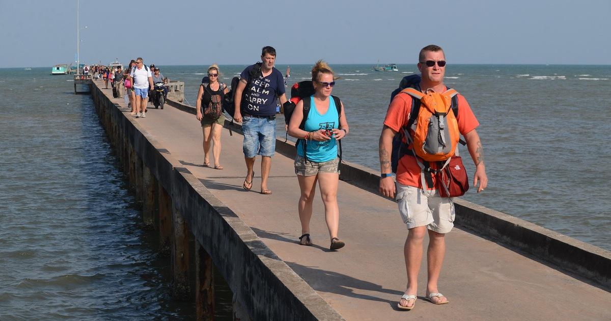 Du khách nước ngoài đến Phú Quốc sẽ được miễn thị thực