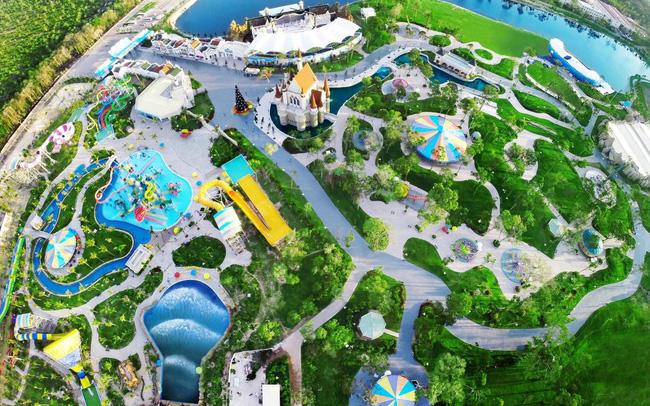 HVC Group ký hợp đồng tổng thầu công viên nước thứ 3 tại Vinpearl Phú Quốc hvc group ký hợp đồng tổng thầu công viên nước thứ 3 tại vinpearl phú quốc - HVC-Group-ký-hợp-đồng-tổng-thầu-công-viên-nước-thứ-3-tại-Vinpearl-Phú-Quốc - HVC Group ký hợp đồng tổng thầu công viên nước thứ 3 tại Vinpearl Phú Quốc
