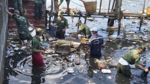 8.200 người phú quốc thu gom 25 tấn rác và khai thông cống rãnh - 98ca4a792b02f9acc46332d9752313dd-300x169 - 8.200 người Phú Quốc thu gom 25 tấn rác và khai thông cống rãnh