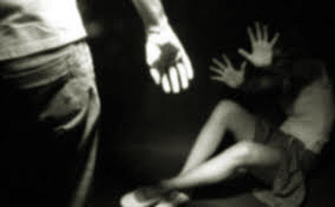 Phú Quốc - Bé gái 8 tuổi bán vé số bị hiếp dâm, cướp tiền  - Phú-Quốc-Bé-gái-8-tuổi-bán-vé-số-bị-hiếp-dâm-cướp-tiền - Phú Quốc: Bé gái 8 tuổi bán vé số bị hiếp dâm, cướp tiền