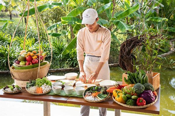 Phú Quốc phải đối mặt với tình trạng thiếu cán bộ nghiêm trọng trong ngành du lịch  - Phú-Quốc-phải-đối-mặt-với-tình-trạng-thiếu-cán-bộ-nghiêm-trọng-trong-ngành-du-lịch - Phú Quốc phải đối mặt với tình trạng thiếu cán bộ nghiêm trọng trong ngành du lịch