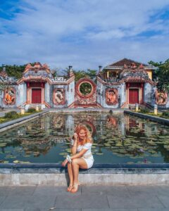 - 205030848dada8e22a84b843978d4ea3-240x300 - Những địa điểm du lịch Việt được truyền thông nước ngoài ca ngợi