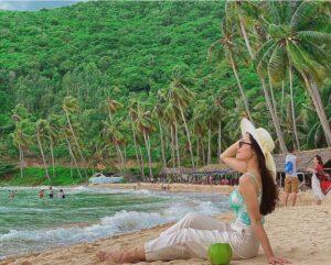 Nạp 'vitamin sea' ở 3 thiên đường biển đảo hút khách miền Nam  - Nạp-vitamin-sea-ở-3-thiên-đường-biển-đảo-hút-khách-miền-Nam-300x241 - Nạp 'vitamin sea' ở 3 thiên đường biển đảo hút khách miền Nam