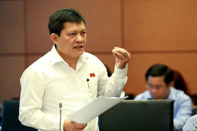Vụ ĐBQH Phạm Phú Quốc có 2 quốc tịch: IPC đề xuất Thành ủy chấp thuận cho thôi chức vụ - Ảnh 1.  - vu-dbqh-pham-phu-quoc-co-2-quoc-tich-ipc-de-xuat-thanh-uy-chap-thuan-cho-thoi-chuc-vu_5f52630a6254a - Vụ ĐBQH Phạm Phú Quốc có 2 quốc tịch: IPC đề xuất Thành ủy chấp thuận cho thôi chức vụ