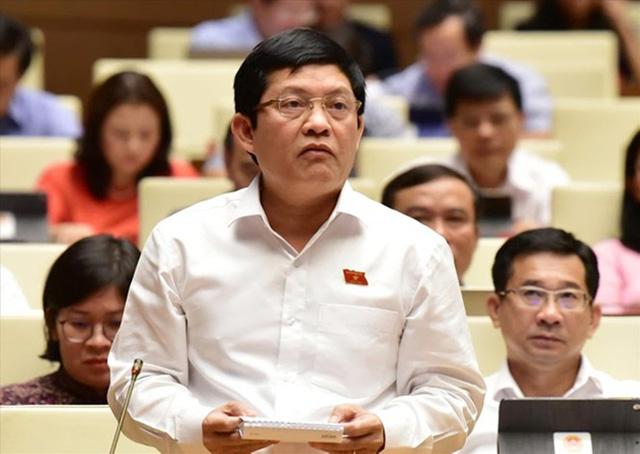 Vụ ông Phạm Phú Quốc có 2 quốc tịch: Nhiều câu hỏi cần được làm rõ - Ảnh 2.  - vu-ong-pham-phu-quoc-co-2-quoc-tich-nhieu-cau-hoi-can-duoc-lam-ro_5f509e3b01fb6 - Vụ ông Phạm Phú Quốc có 2 quốc tịch: Nhiều câu hỏi cần được làm rõ