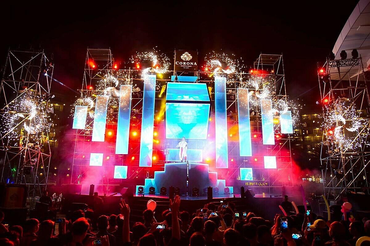 Đêm nhạc được tổ chức tại Nhà hát Corona, Phú Quốc. Ảnh: LUX.  - chuoi-su-kien-the-mega-series-tai-phu-quoc_5f8e81ecde63a - Chuỗi sự kiện The Mega Series tại Phú Quốc