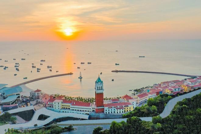 Bất động sản đón đầu quá trình đô thị hóa khi Phú Quốc lên thành phố  - dien-mao-phu-quoc-dang-thay-doi-tung-ngay-tuy-nhien-van-thieu-manh-ghep-quan-trong-la-nhung-toa-cao-oc-7336 - Bất động sản đón đầu quá trình đô thị hóa khi Phú Quốc lên thành phố