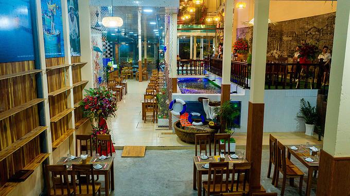 Nhà hàng Ngọc Biểm có không gian ấm cúng, đậm chất Phú Quốc. - WikiLand  - dji-0317-jpg-1617335983-8982-1617336255 - Địa chỉ thưởng thức hải sản tươi sống ở Phú Quốc