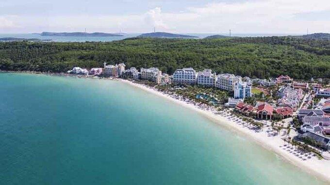 Nam Phú Quốc hiện quy tụ hàng loạt khu nghỉ dưỡng, công viên giải trí, hệ thống cáp treo vượt biển đẳng cấp. - WikiLand  - nam-phu-quo-c-hie-n-quy-tu-ha-9384-2477-1619148039 - Cơ hội để Nam Phú Quốc thành trung tâm nghỉ dưỡng, thương mại quốc tế