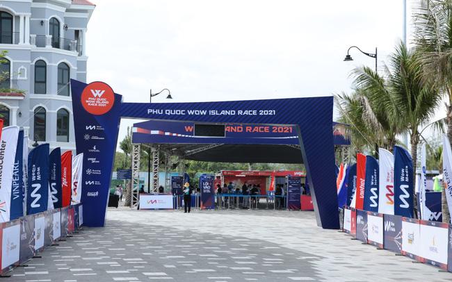 Giải chạy Phú Quốc WOW Island Race 2021 khởi động với hơn 2000 vận động viên tham dự  - photo1619602740823-16196027409441784907933 - Giải chạy Phú Quốc WOW Island Race 2021 khởi động với hơn 2000 vận động viên tham dự
