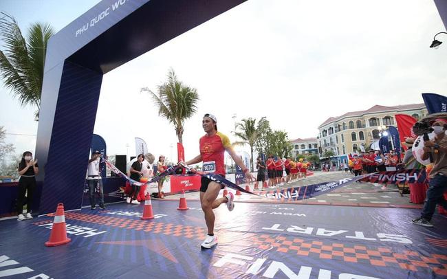 Nhà vô địch cự ly 21km Phu Quoc WOW Island Race 2021: Cung đường chạy năm nay dễ thở hơn, nhưng quá ấn tượng và khác biệt  - photo1619693177289-1619693177378689019597 - Nhà vô địch cự ly 21km Phu Quoc WOW Island Race 2021: Cung đường chạy năm nay dễ thở hơn, nhưng quá ấn tượng và khác biệt