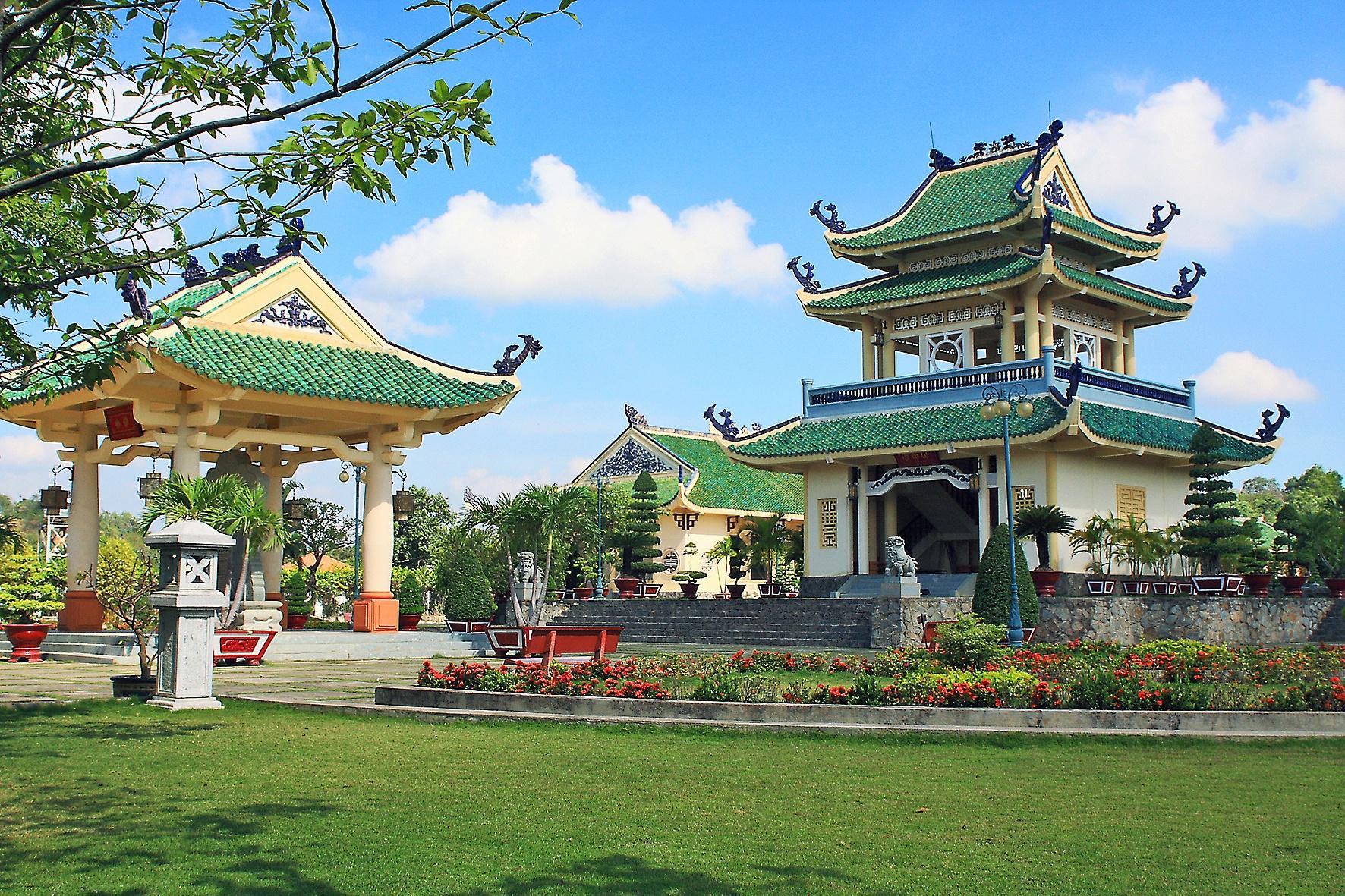 du lich viet nam anh 6  - vanmieutranbientpbienhoa_637202128689367133 - Tỉnh nào ở Việt Nam có nhiều hơn một thành phố?