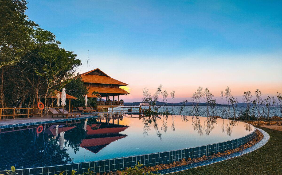 - WikiLand  - fhucrpfj-1632399096 - Chốn nghỉ dưỡng xanh tại resort 4 sao ở Phú Quốc