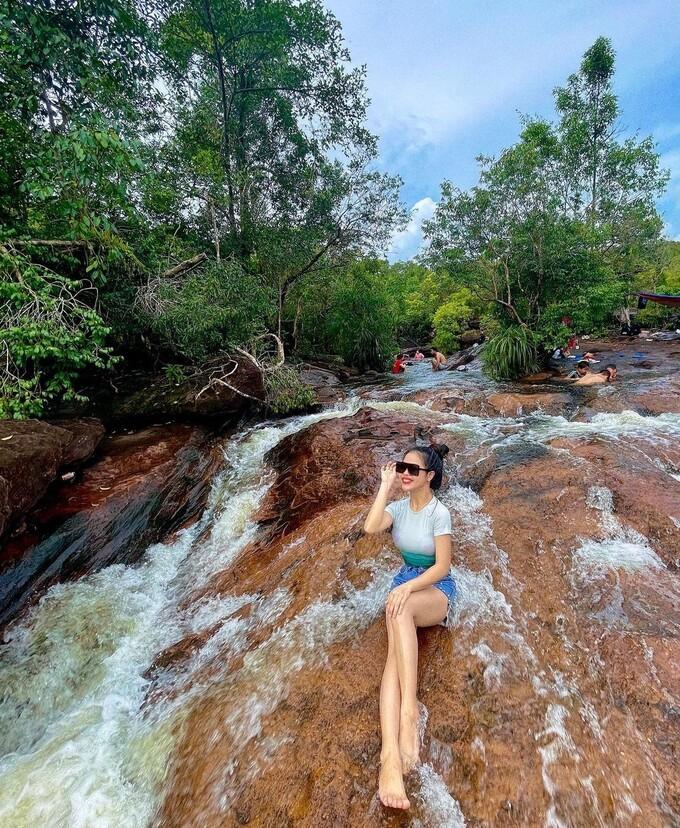 Suối Tiên Ảnh: @nhyy.yyenn/Instagram - WikiLand  - suoi-tien-phu-quoc-3937-1631445081 - 3 con suối chỉ đẹp vào mùa mưa ở Phú Quốc